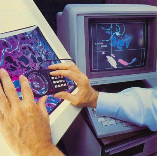 1982年-杰克·丹格蒙德,ESRI的创始人兼总裁利用Arc.png数字化野生兴发官网动物保护区