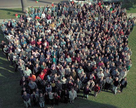 德赢娱乐ESRI在1995年达到了1000名员工的分数。